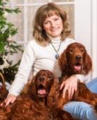 Алла Крохина со своими собаками Бренди и Телли
