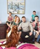 Ольга Новицкая с семьей и Нордиком
